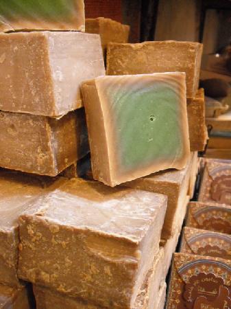 Как делают настоящее оливковое мыло в Сирии