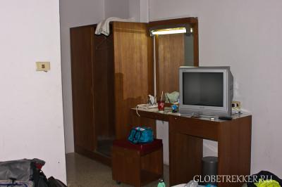 Бюджетное жилье в Хуа Хине - Siri Petchkasem Hotel 2