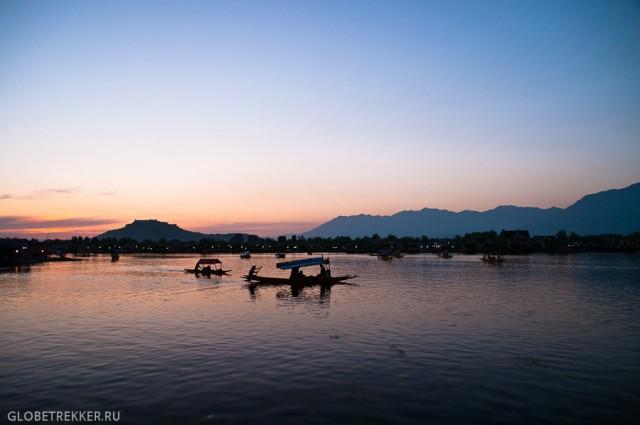 Озеро Дал: Сады Великих Моголов