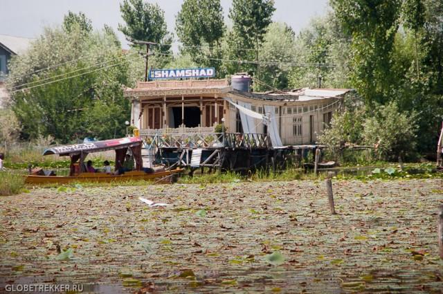 Озеро Дал: жизнь на хаусботе