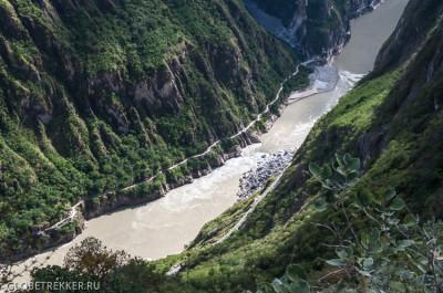 Ущелье Прыгающего Тигра, день первый: Лицзян - Цяотоу - Tea Horse Trade Guesthouse 27