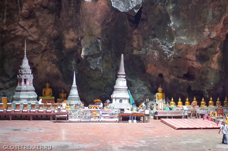 Пещера лежащего Будды Као Луанг в Петчабури