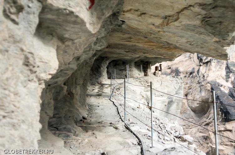 Ущелье Прыгающего Тигра, часть третья: Спуск к Янцзы   Walnut Garden