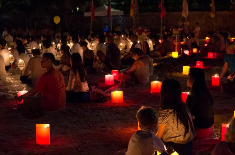 Фестиваль фонариков Йи Пенг в Хуа Хине