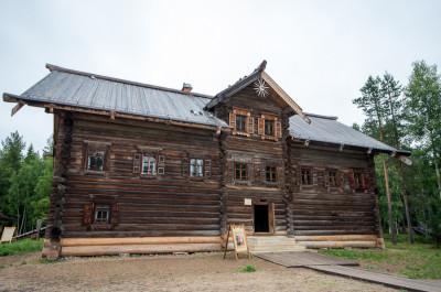 Малые Корелы - главный музей деревянного зодчества России 9