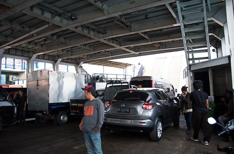 C Бали на Яву на арендованной машине