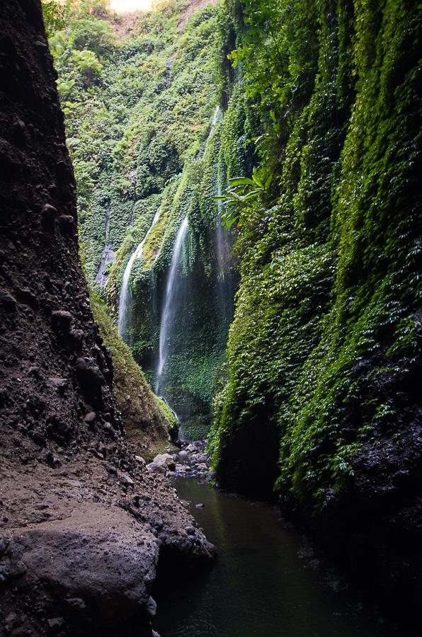 Водопады Мадакарипура в парке Бромо Семеру